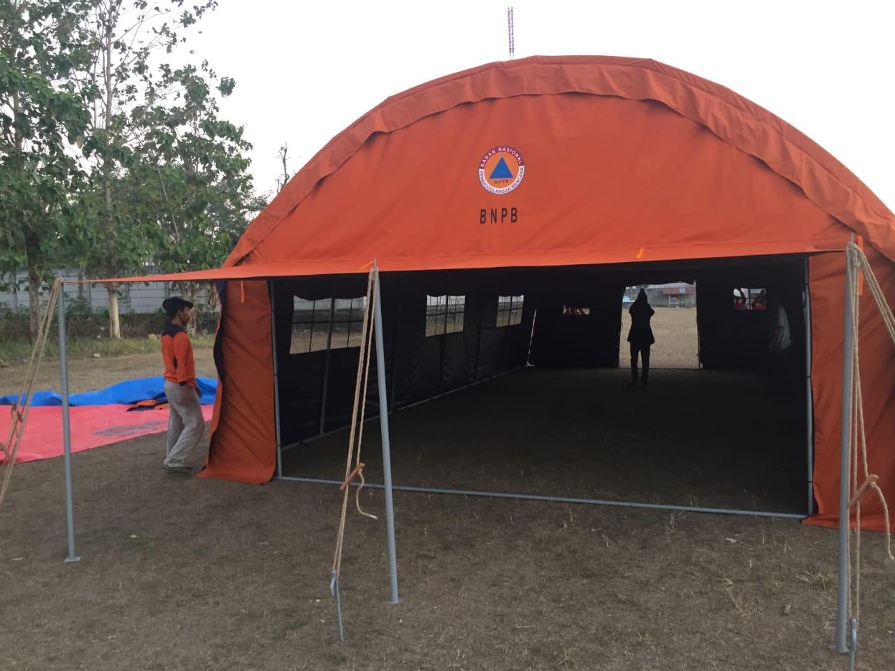 tenda darurat lorong bnpb tampak depan