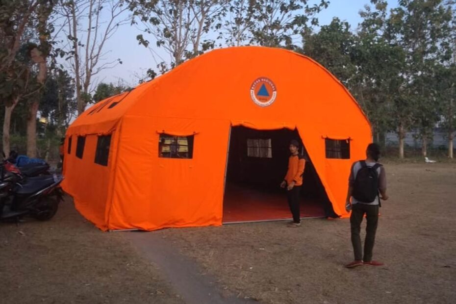 tenda darurat lorong bnpb